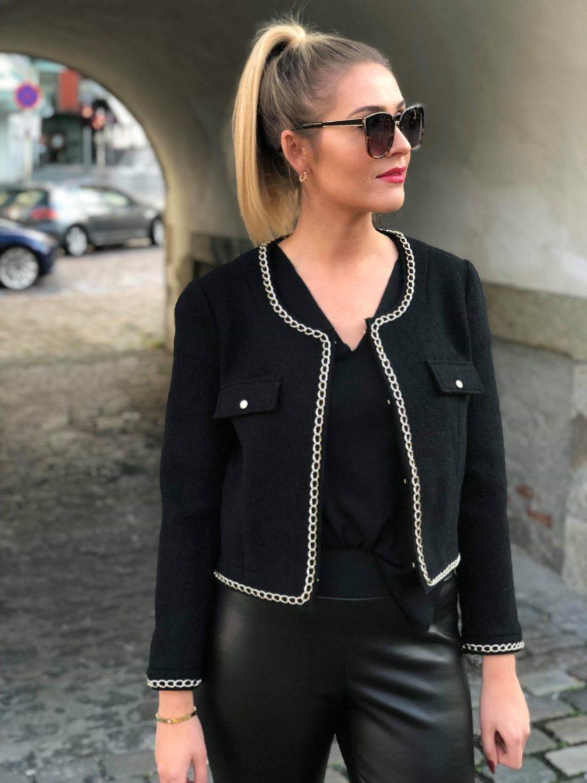 Kathrine Nørgård Chanel 08 scaled - Lær å lage Chanel jakkemønster