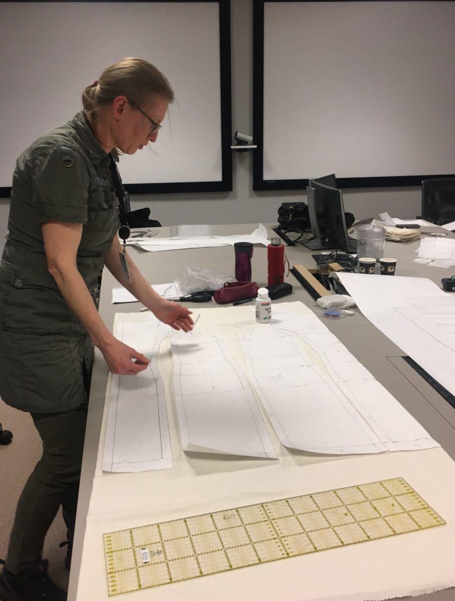 Kathrine Nørgård Kjolemønster 85 scaled - Lær å lage kjolemønster