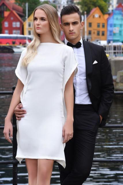 Michelle kjole hvit modellbilde 2 6 - Michelle kjole